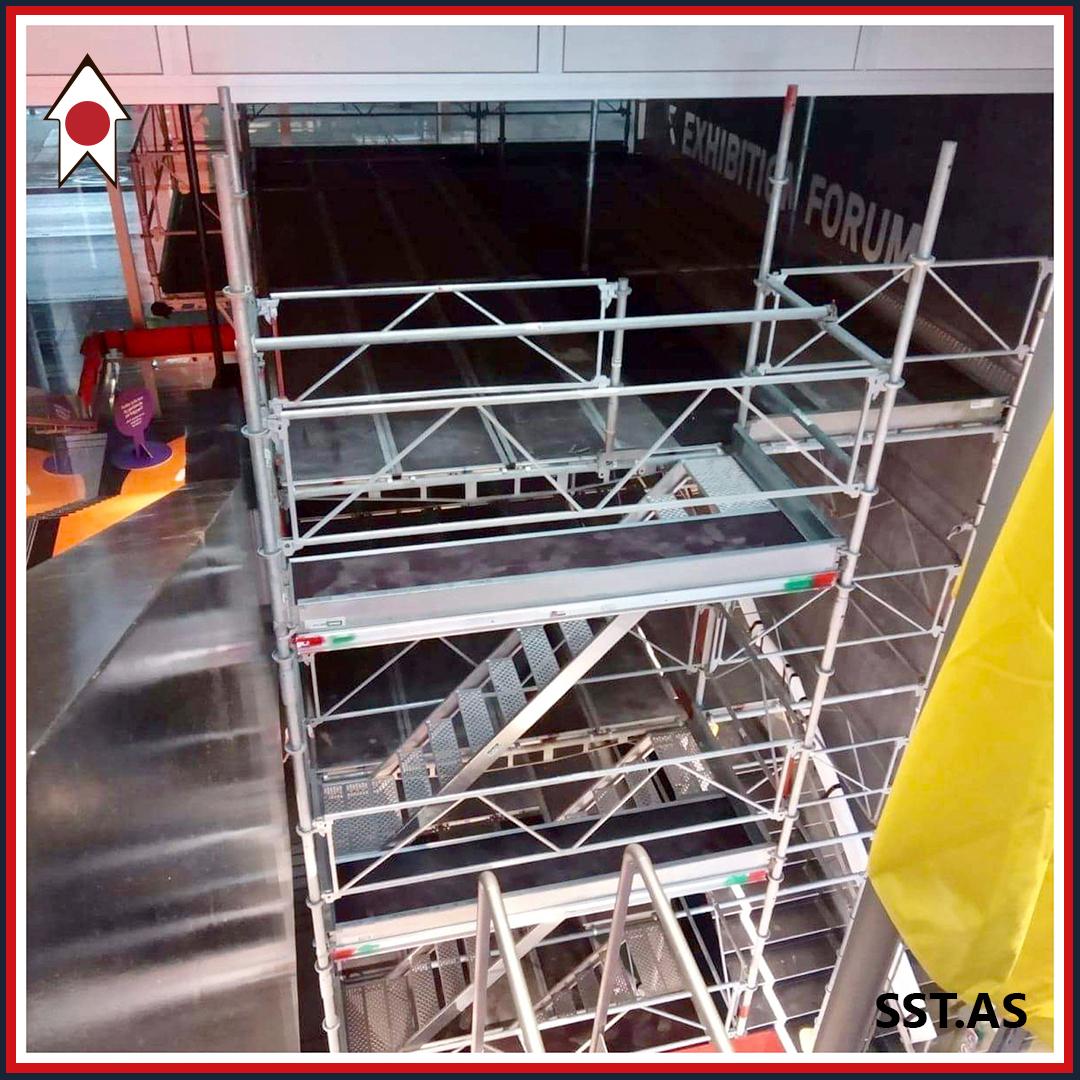 Stillads på trappe hos DAC